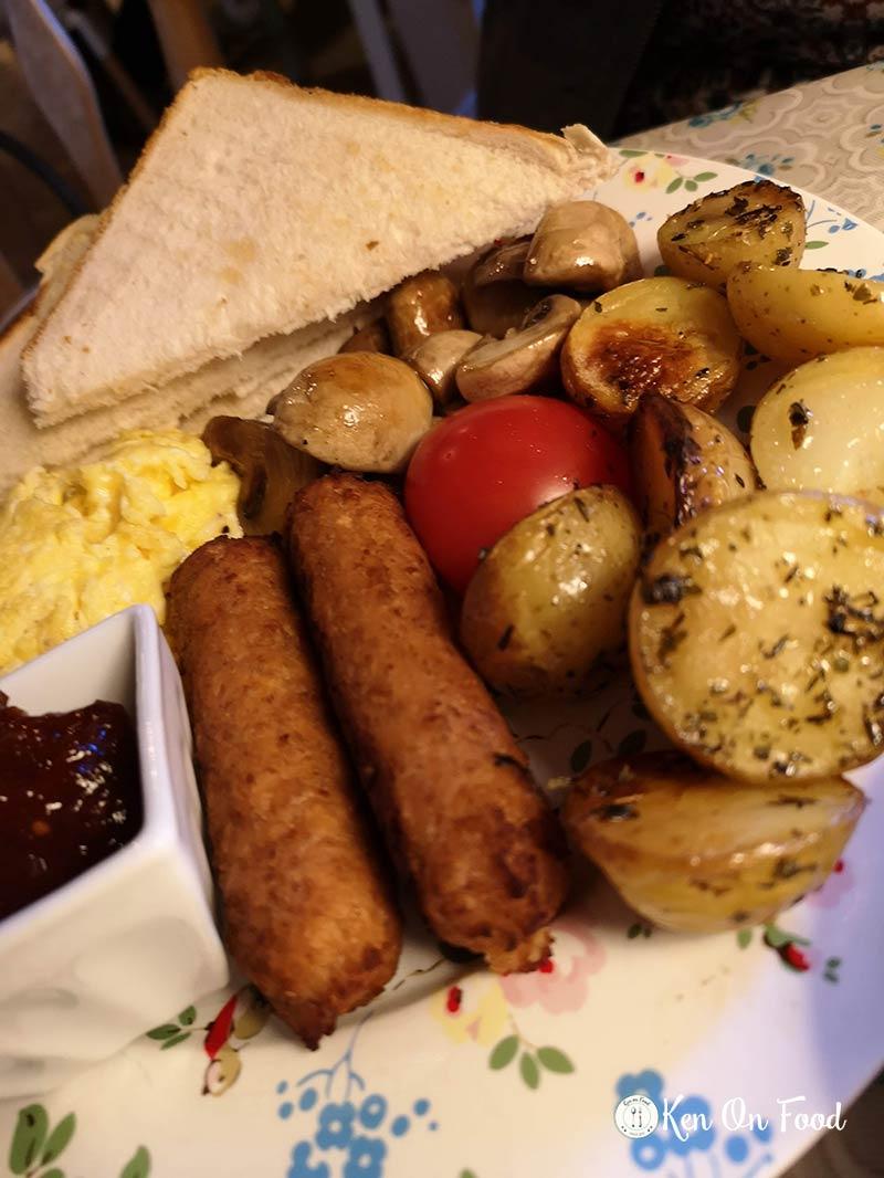 Vegetarian breakfast at Jen's, Kilkenny.