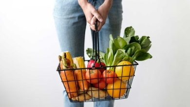 A shopping basket full of vegetables. Photo: rawpixel/Unsplash